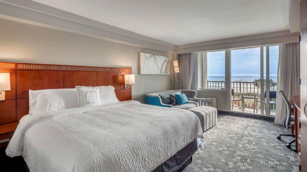 Marriott Jacksonville bedroom in the Florida East Coast