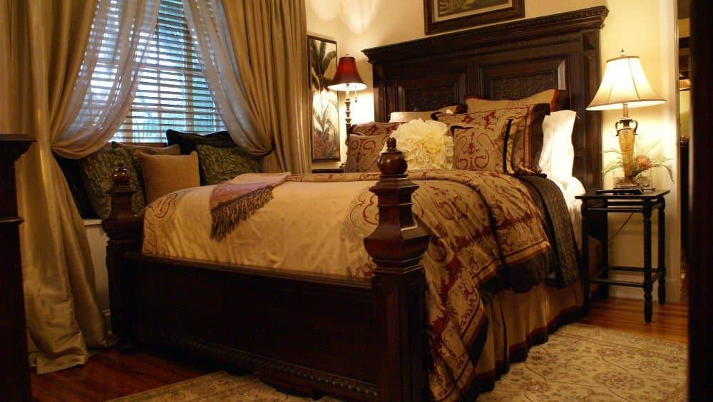 Grandview Gardens bedroom - Palm Beach Holidays