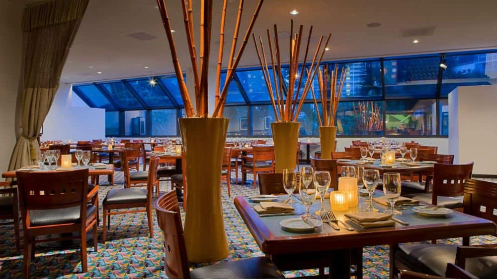 Hyatt Regency dining - Palm Beach Holidays