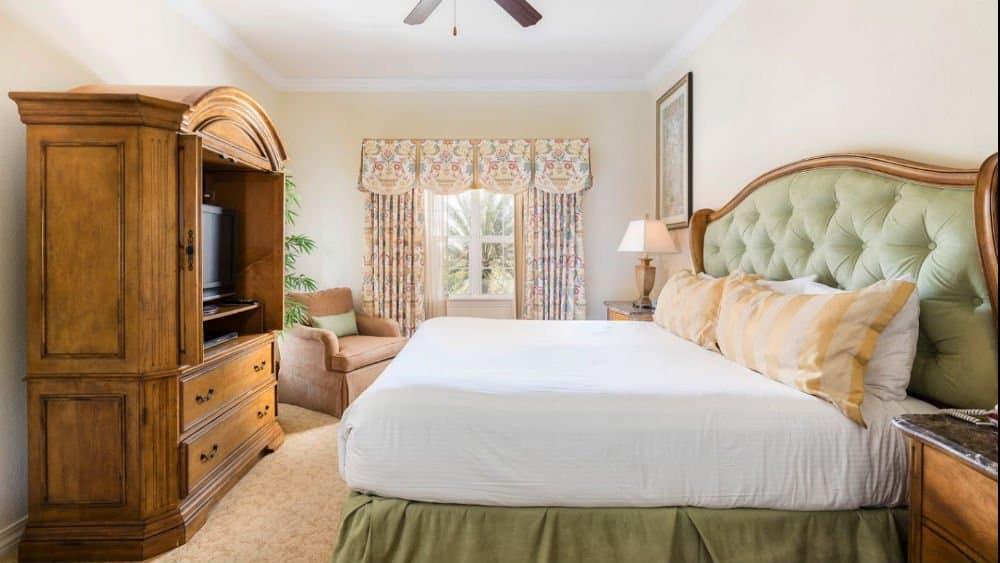 Kissimmee Reunion Resort bedroom
