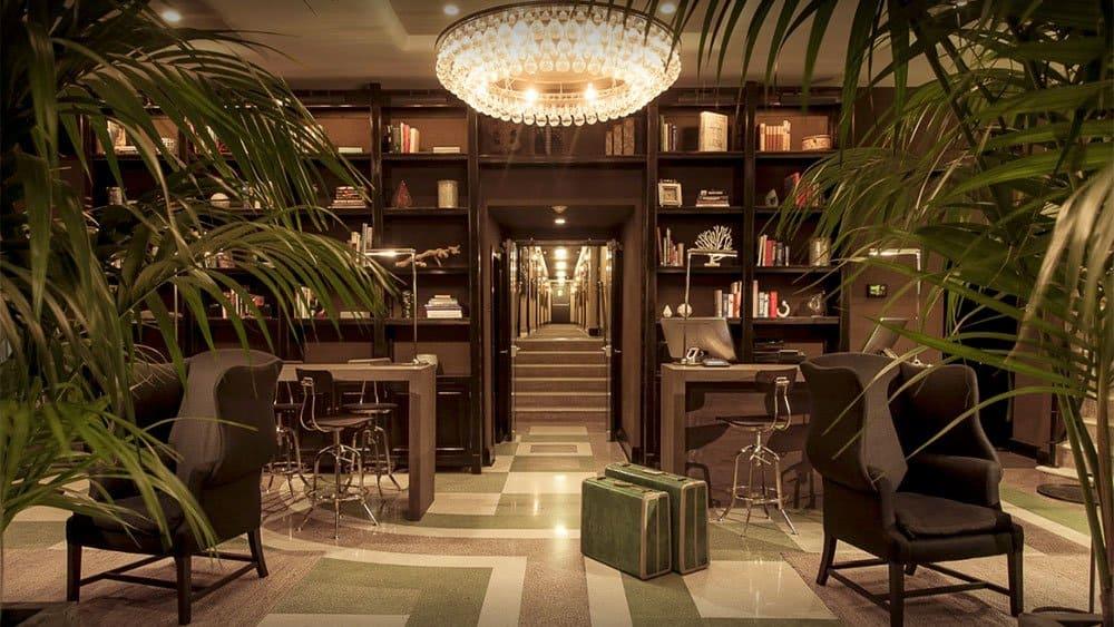 The Shepley Hotel lounge in Miami Beach