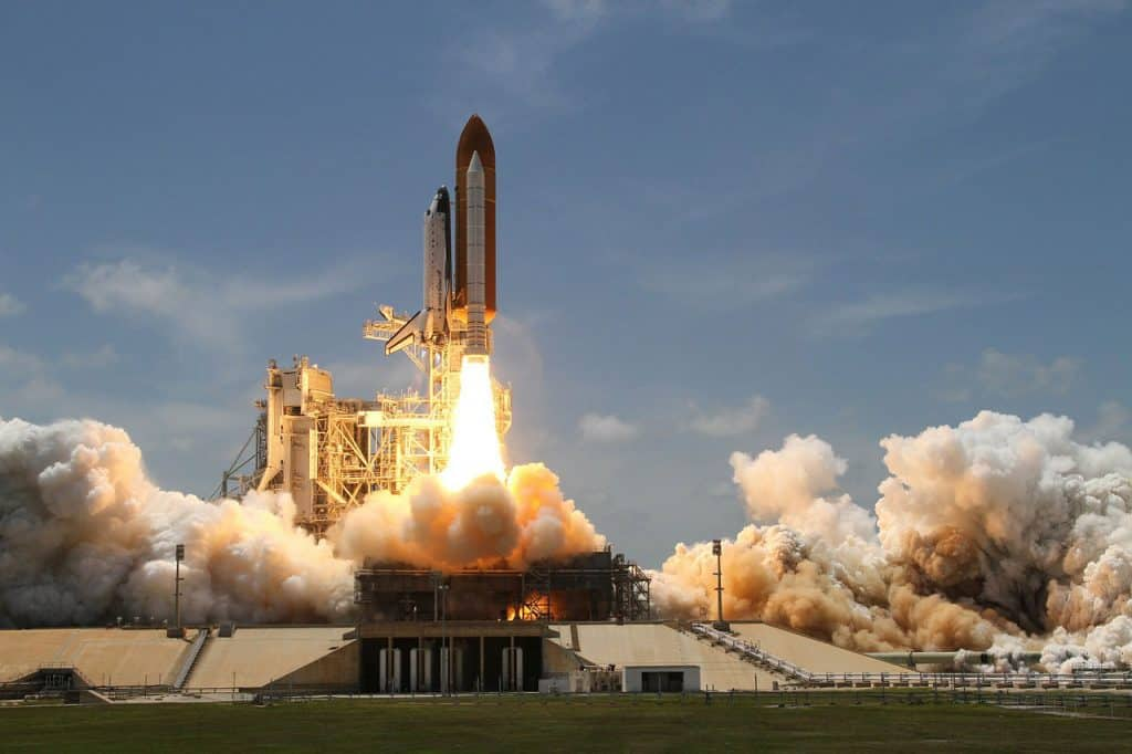 rocket launch 67723 1280 theme parks in florida