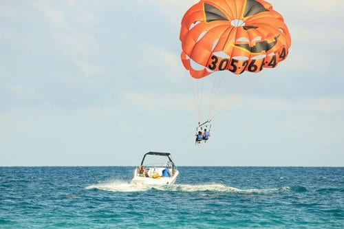 Water sports holidays, Florida, paragliding