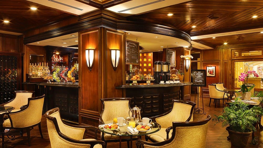Biltmore Hotel Miami bar 01 coral gables holidays