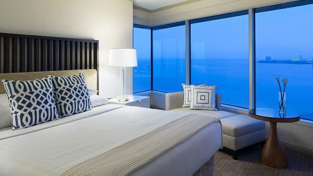 Grand Hyatt bedroom in Tampa Florida