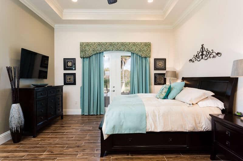 Master Bed 2 Florida Villa