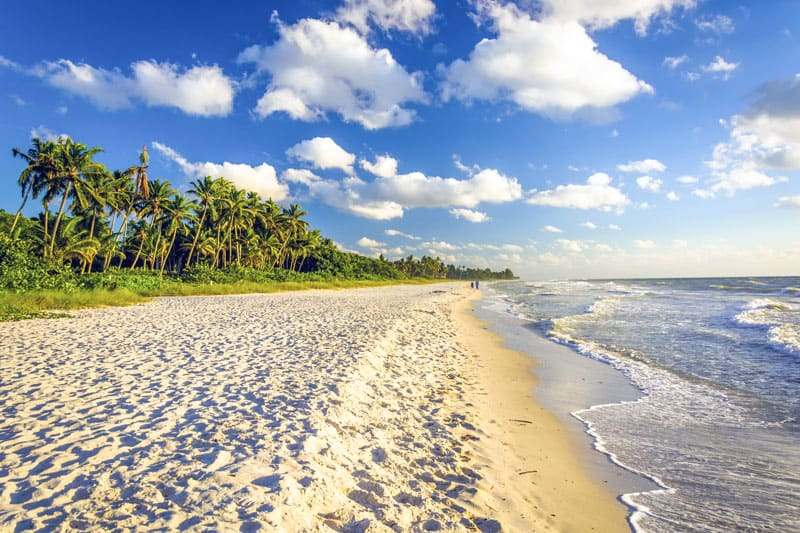 naples beach walk